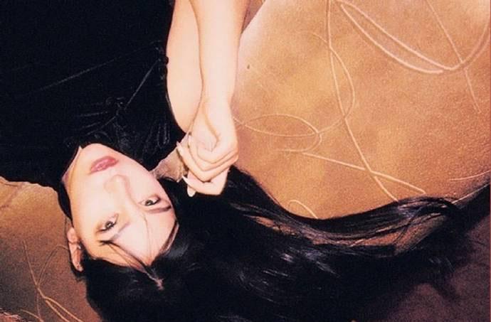 性感美女尤物前凸后翘旗袍诱惑搔首弄姿图片