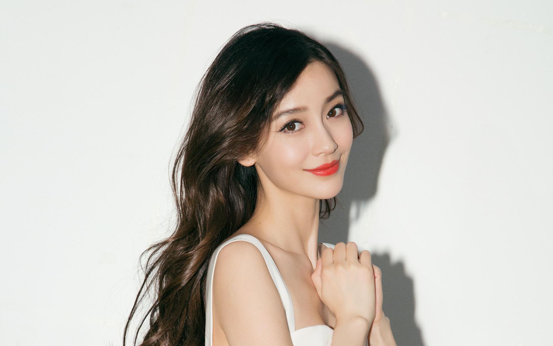 时尚辣妈angelababy新春写真高清电脑桌面壁纸下载