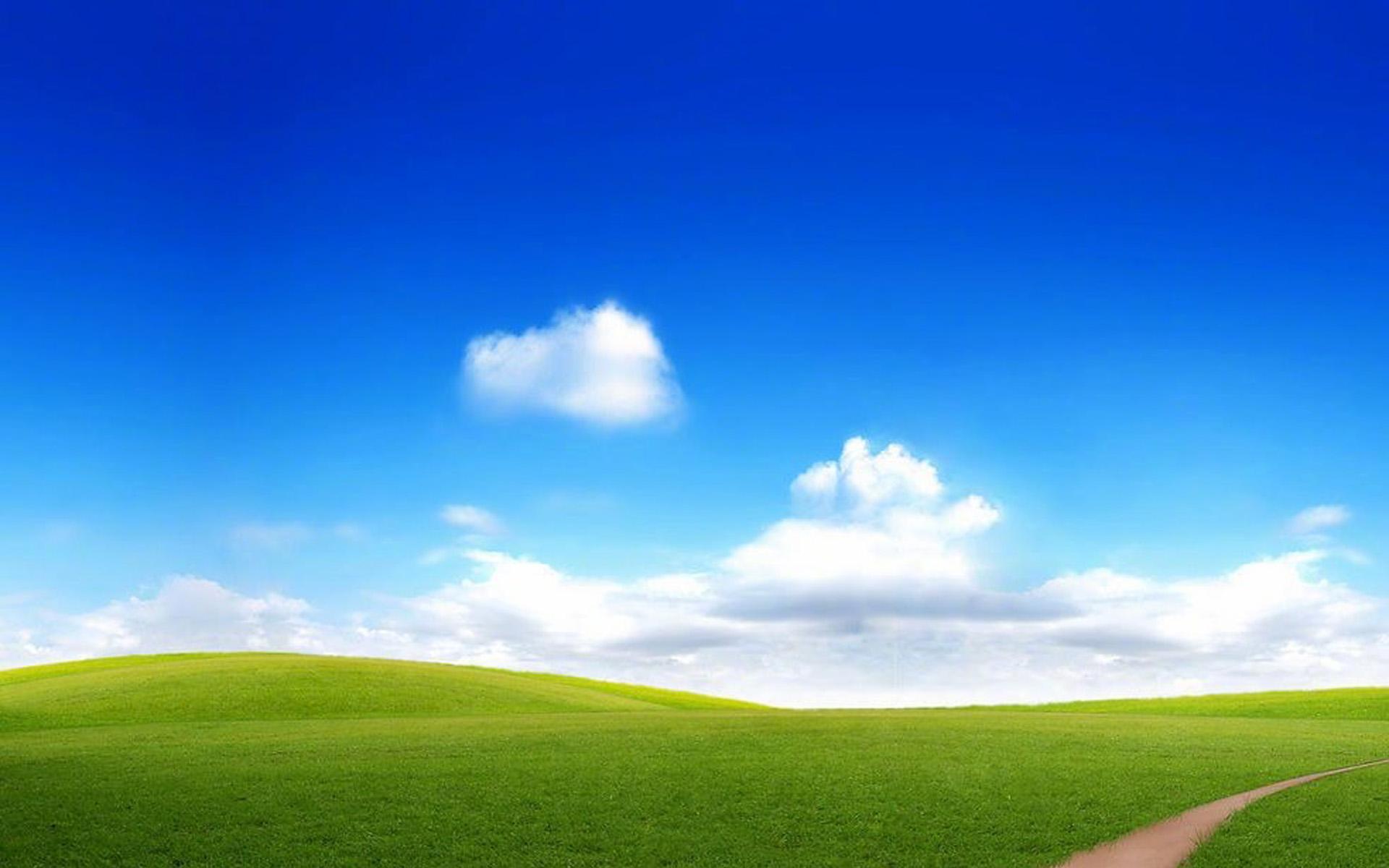 好看唯美的春日草原美景桌面图片