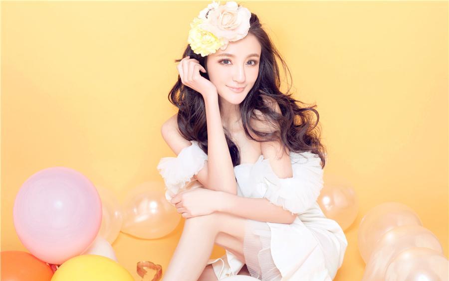 中国美女明星刘雨欣活力俏皮写真图片