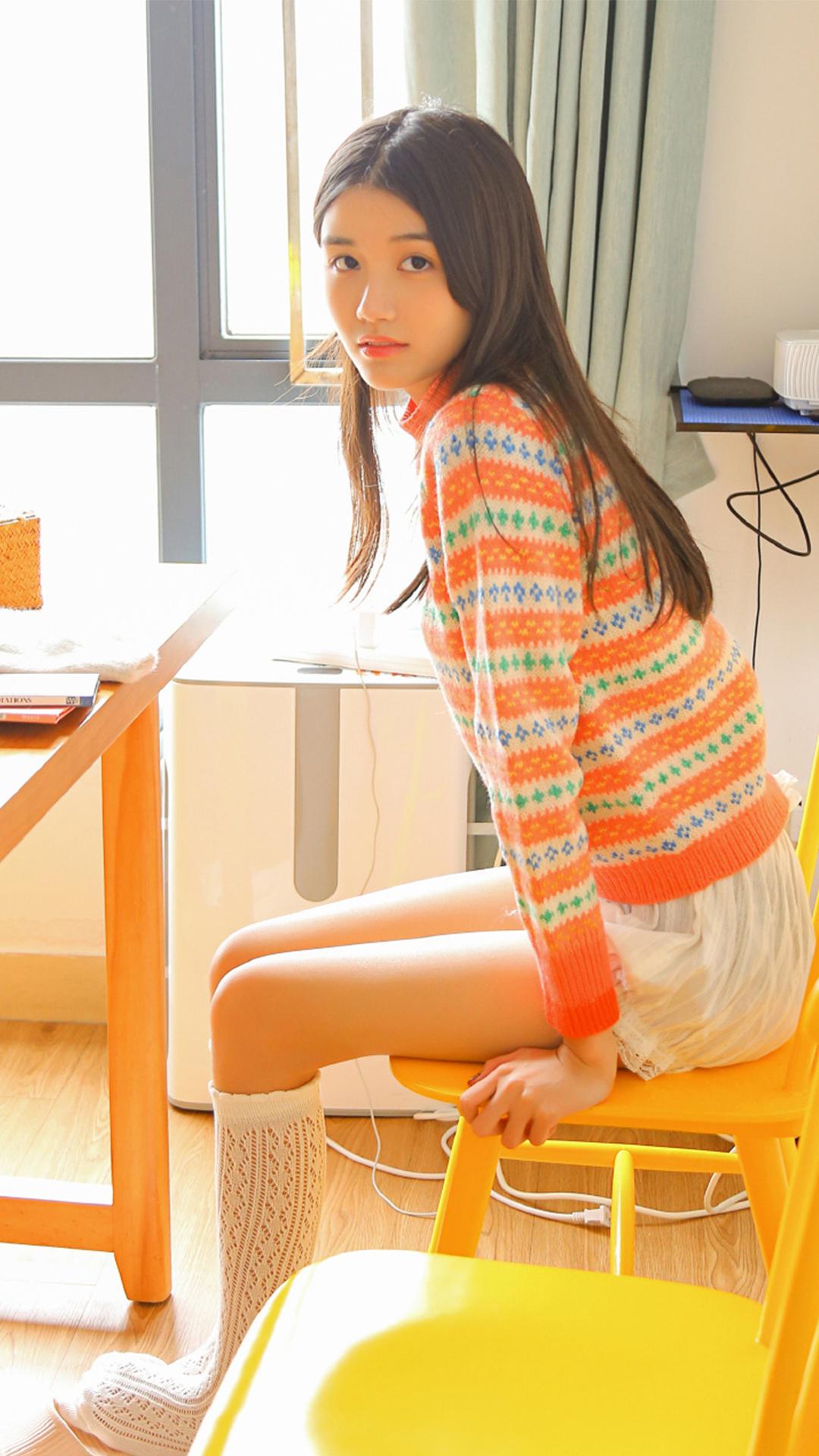 黑长直清纯可爱小姐姐超短裤性感美腿白丝袜日系个人写真集