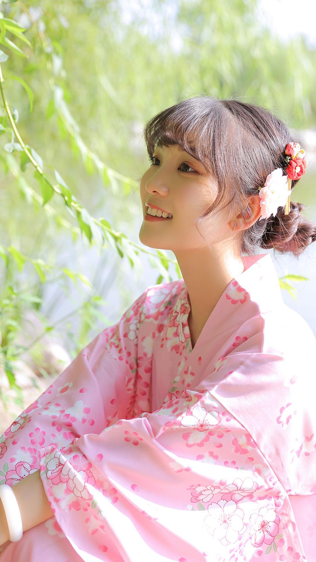 可爱清纯粉色和服美女笑容甜美日系小清新艺术写真图片