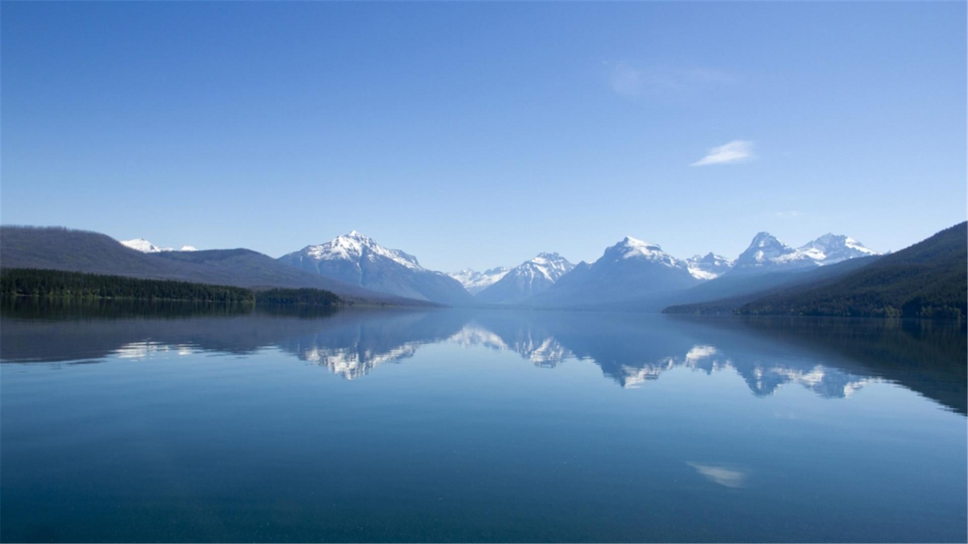 高清唯美的大自然山水风景绿色护眼电脑桌面图片