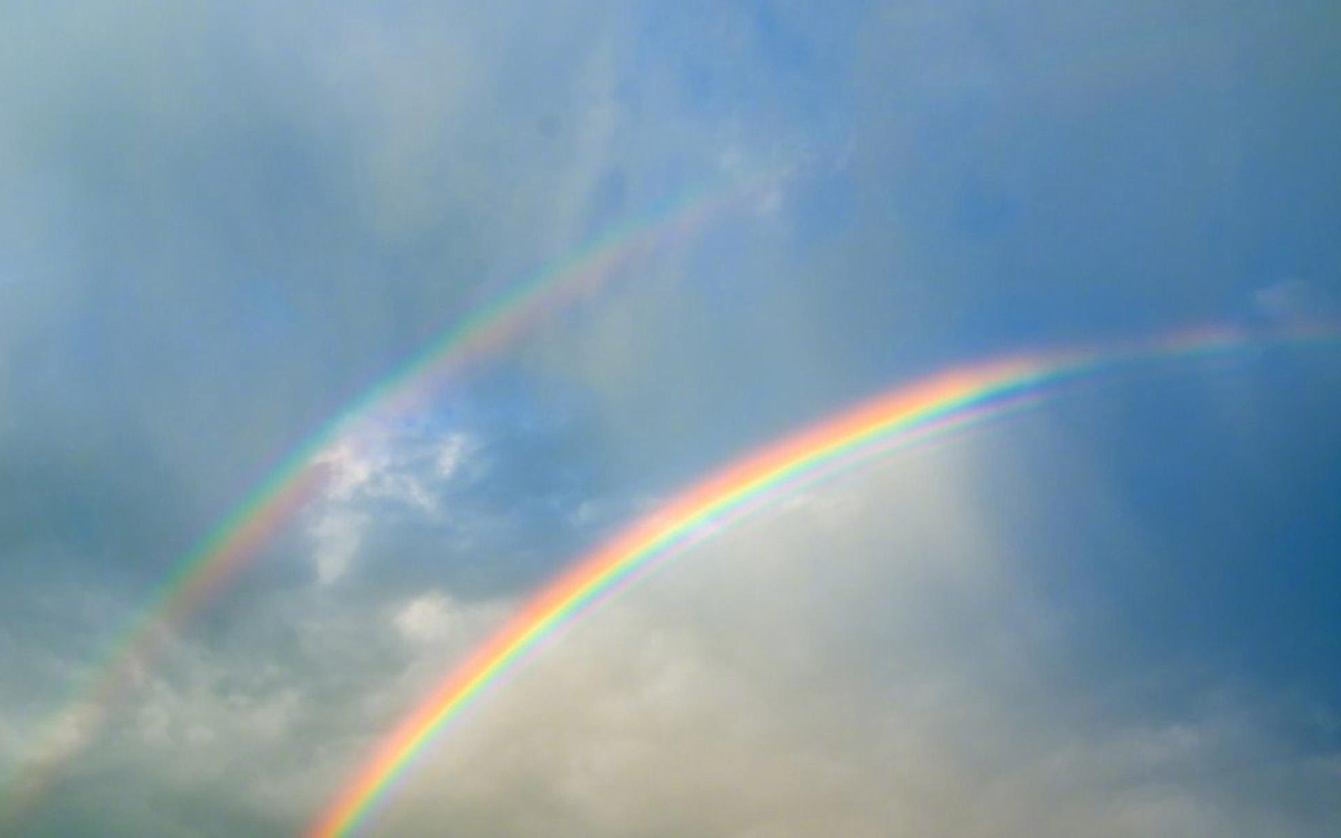 壮观彩虹自然风光护眼手机锁屏壁纸