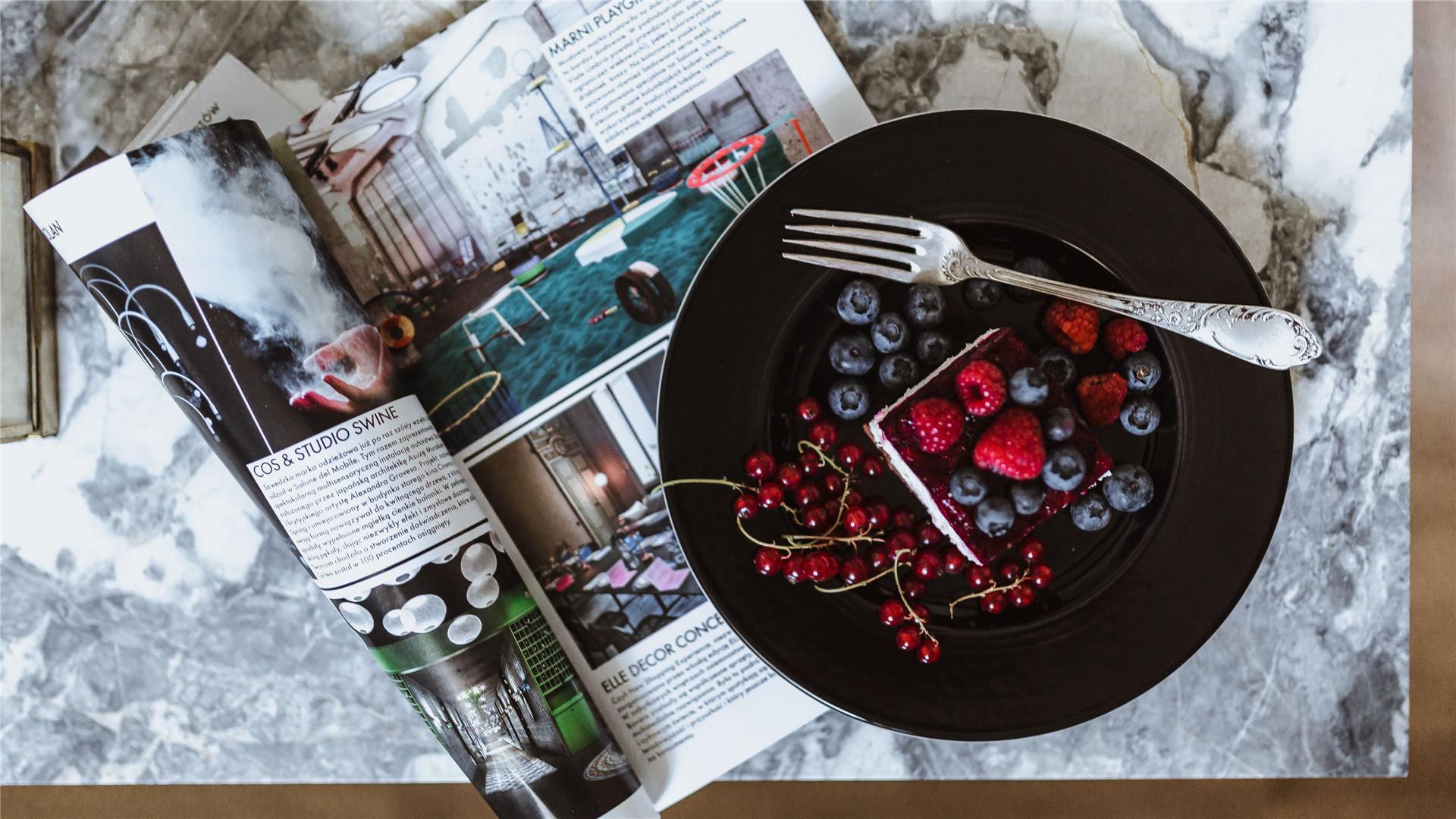 蓝莓水果蛋糕甜品美食高清桌面壁纸图片