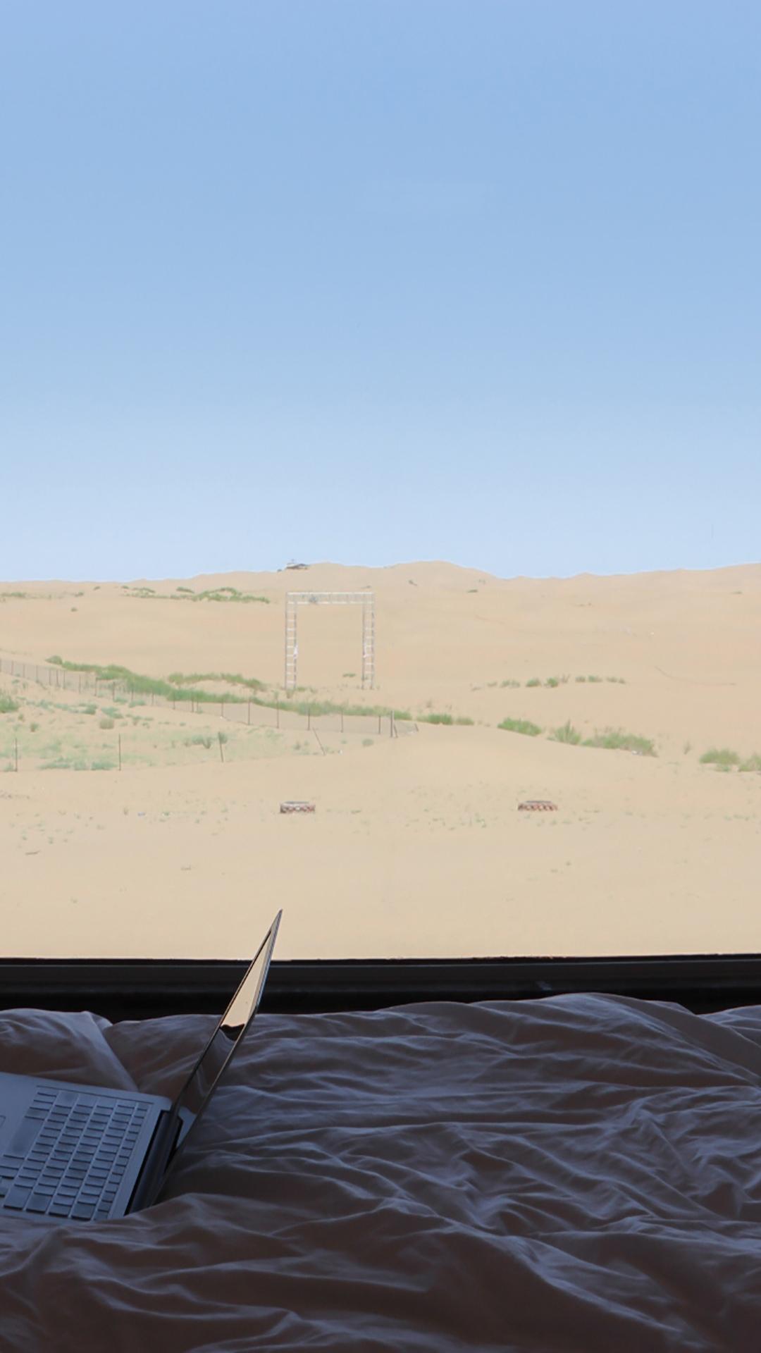 一望无际的沙漠风光唯美壁纸图片