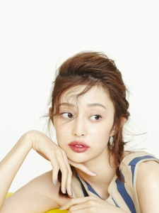 中国内地女演员盖玥希